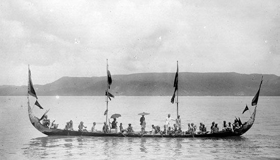 Inilah 10 Kapal Tradisional Khas Indonesia Tentik